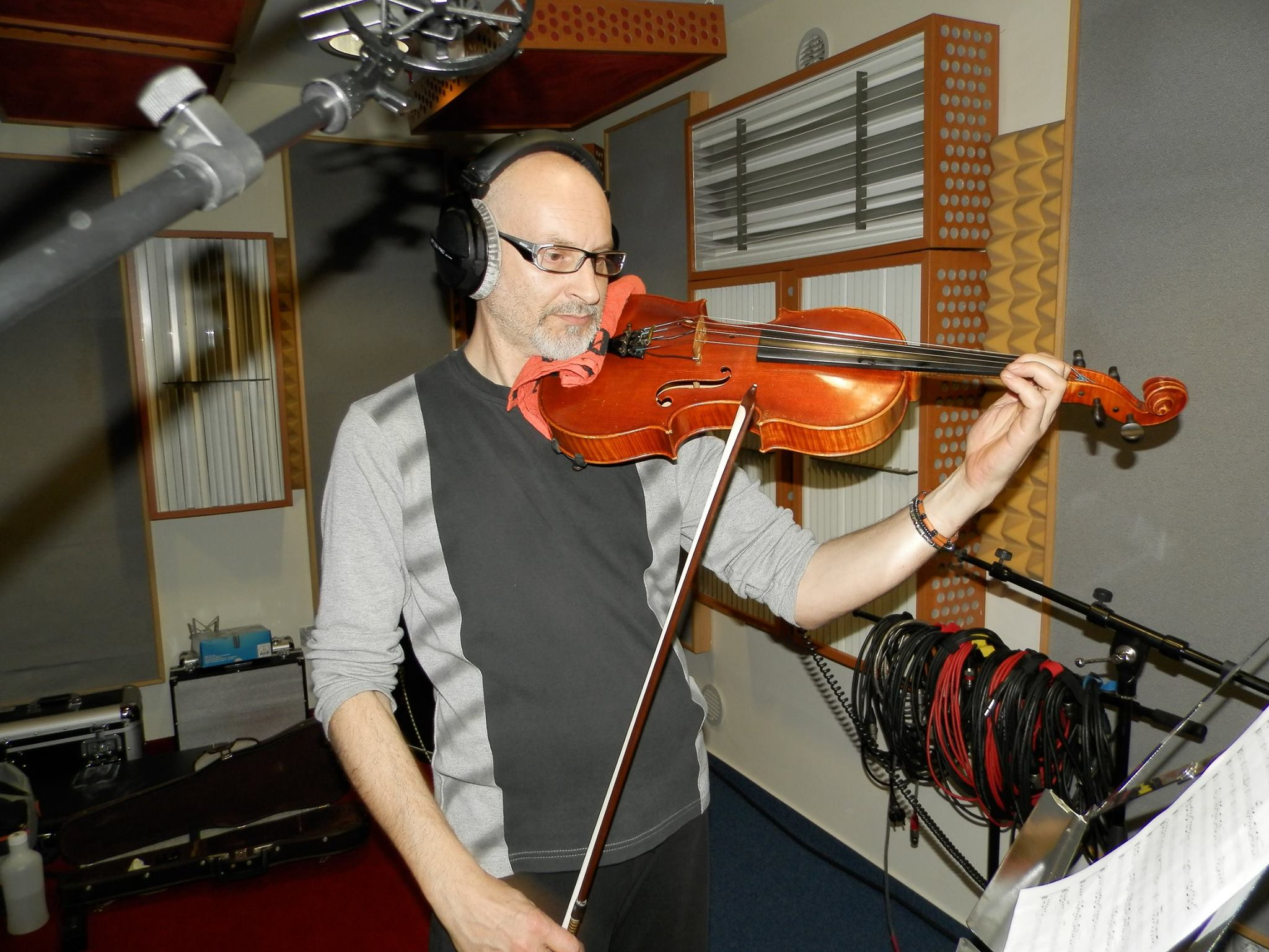 Žanil Tataj Žak - snemanje viole